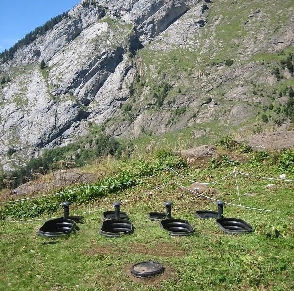 station d'épuration compacto dans un paysage de montagne